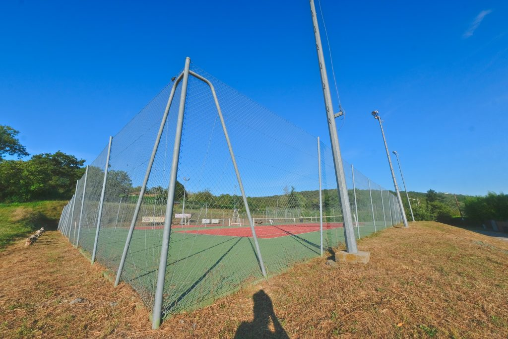 tennis montagny